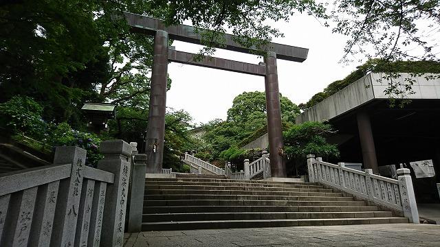 伊勢山皇大神宮にお参りに行ってきました